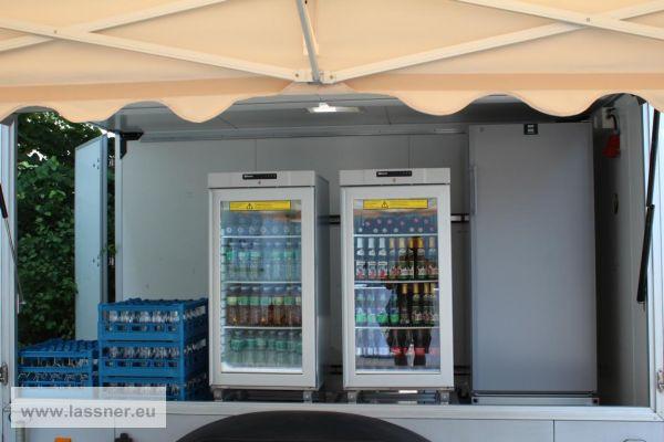 LED Glastür Kühlschrank auf Rädern Preis pro Nutzungstag - Lassner ...